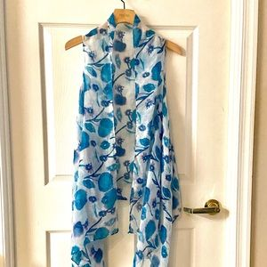 White and Blue Floral Chiffon Tunic Vest